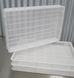 Poly pasta drying trays
